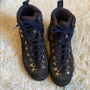 Tecnica lace up hiking boots